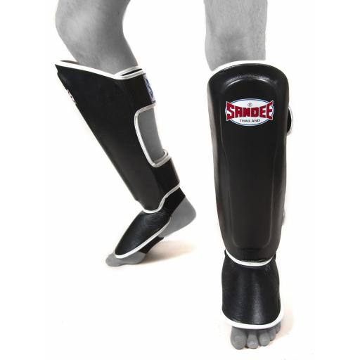 sandee-shin-guards-black-white-[4]-339-p.jpg