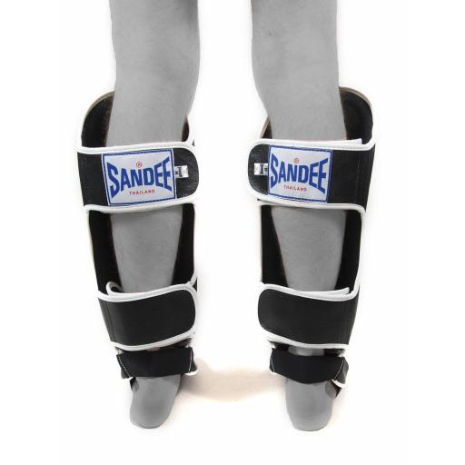 sandee-shin-guards-black-white-[2]-339-p.jpg