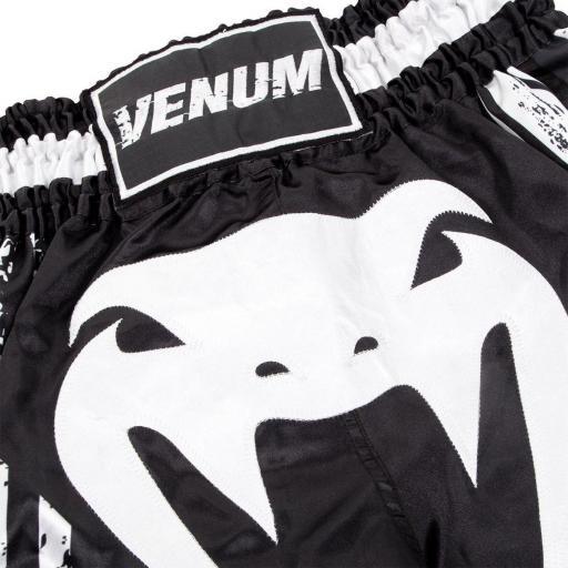 venum-bangkok-spirit-shorts-black-[4]-113-p.jpg