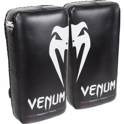 venum-giant-thai-pads-black-white-[2]-151-p.jpg