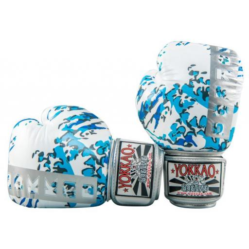 Yokkao Muay Thai Gloves - Great Waves